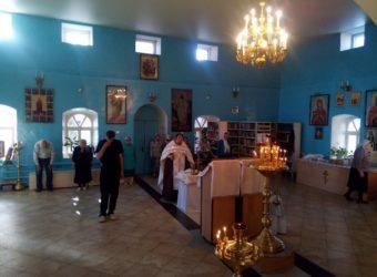 В храме Покрова Пресвятой Богородицы города Городище состоялось заупокойное богослужение — Парастас