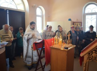 Православные верующие города Городища отмечают Троицкую родительскую субботу